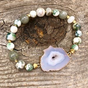 Jewelry - Agate Crystal Bracelet